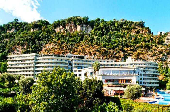 Hilton-Sorrento-Palace-Hotel.jpg