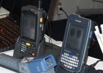 Mobilne terminale noszone policji Motorola Symbol i Intermec CN3