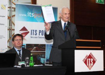 Marek Litiwn (z lewej) i Prof. Wojciech Suchorzewski podczas Polskiego Kongresu ITS 2013