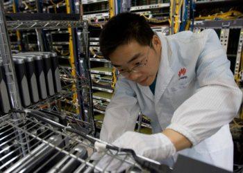 huawei-engineer-electronics