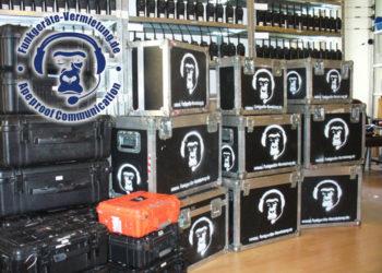 Radio-Wynajem-Gorilla-pokrowce-wynajem-radiotelefonow