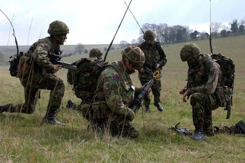 Żołnierze brytyjskich sił lądowych
