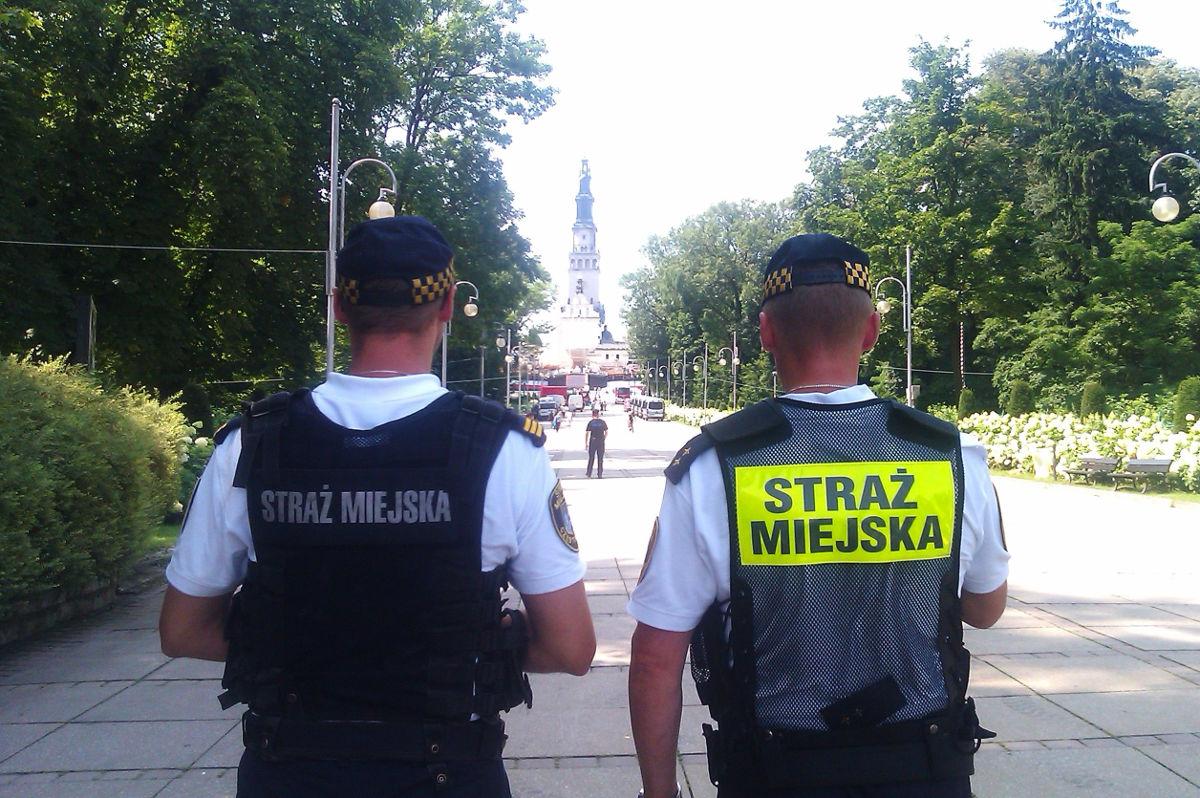 straz-miejska-czestochowa-sdm-2016-www