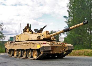 1024px-Challenger2-Bergen-Hohne-Training-Area-2