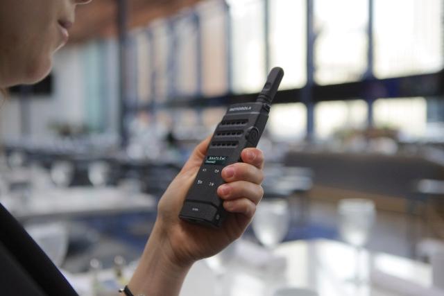 Motorola-MOTOTRBO-SL2600-hotel-lacznosc-radiowa-2.jpg