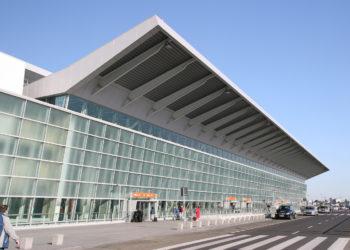 Terminal Okęcie lotnisko Warszawa