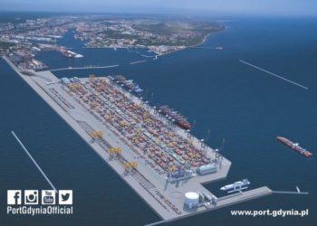Port-Gdynia-widok-z-lotu-ptaka