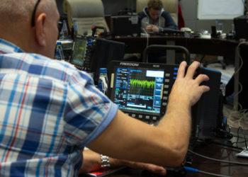 Freedom-R8100-szkolenie-testery-radiokomunikacyjne-Digimes