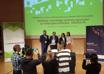 Podpisanie-umowy-CUPT-GMDSS-lacznosc-radiowa-SAR